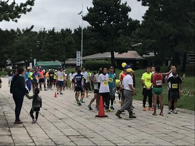 第1回横浜(YOKOHAMA)ビーチサイドマラソンフルマラソンスタート