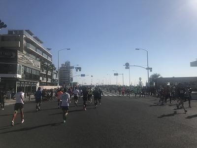 第12回湘南国際マラソン18キロ地点