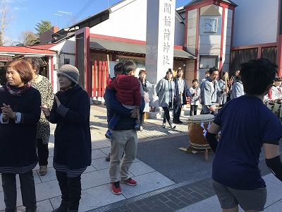 第12回かさま陶芸の里ハーフマラソン大会笠間稲荷神社前