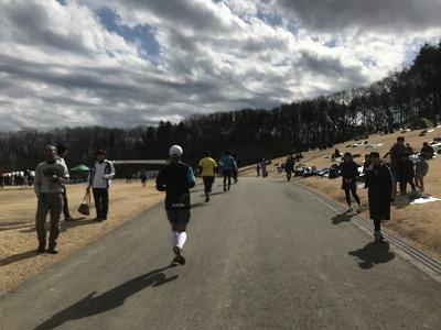 第43回森林公園完走マラソンハーフスタート11キロ本部会場