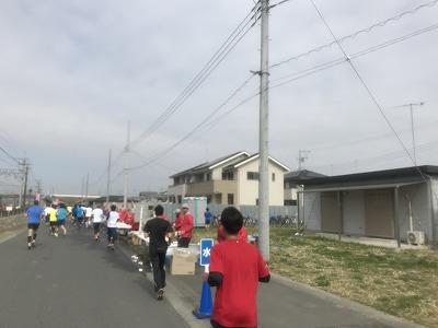 第28回熊谷さくらマラソン大会レース中写真給水所