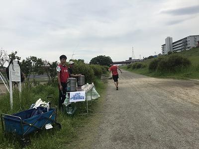 第4回UPRUN川崎等々力河川敷スプリングマラソン給水所