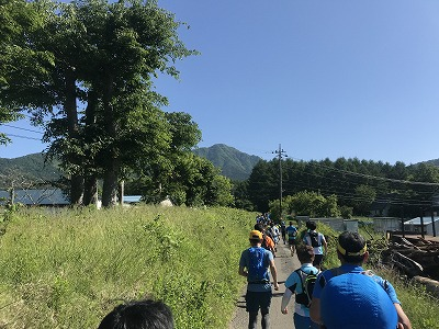 第9回忍野高原トレイルレース、ミドルスタート15分後