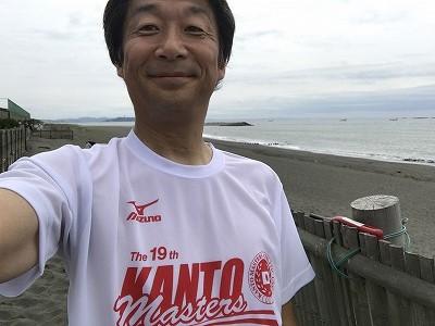 第19回 関東マスターズロード選手権参加賞のTシャツ自撮り
