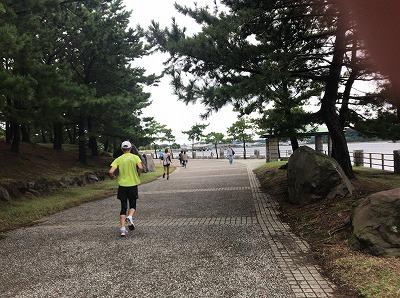 第1回横浜(YOKOHAMA)ビーチサイドマラソンレース中写真