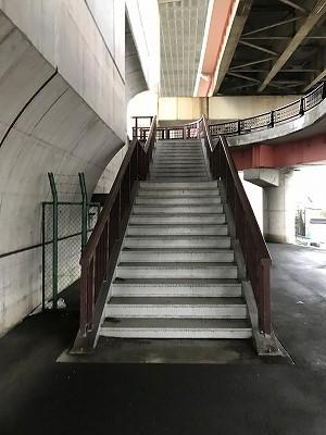 葛飾ふ~てんマラソン会場へのルート2つ目の階段