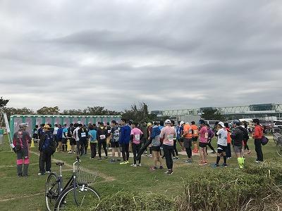 東京トライアルハーフマラソン2017の30分前のトイレ