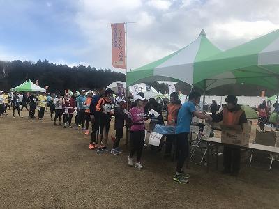 第12回かさま陶芸の里ハーフマラソン大会お菓子支給