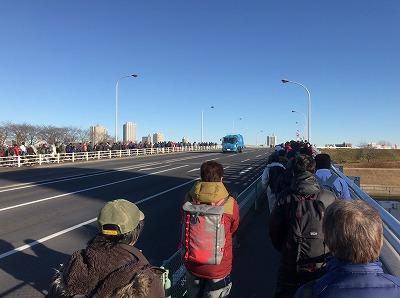 第19回ハイテクハーフマラソン赤羽駅から会場へ