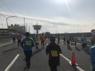 第42回サンスポ千葉マリンマラソン10キロ折り返し地点